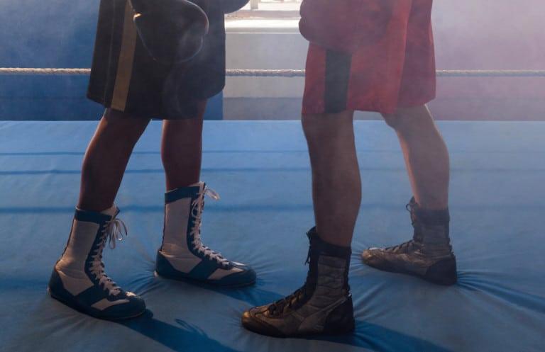 Boxer mit Boxschuhen